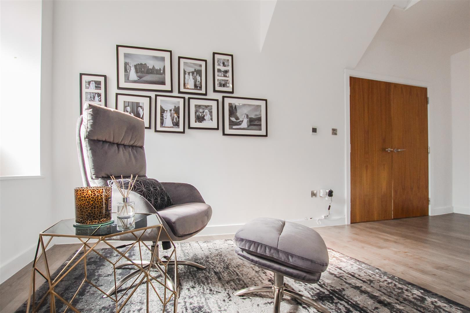 3 Bedroom Duplex Apartment For Sale - Image 13